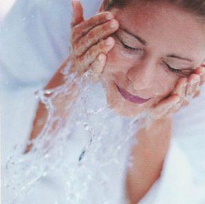 Умывание при демодекозе